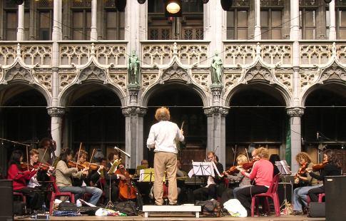 Orchestre de Chambre de Bruxelles sur la Grand`Place