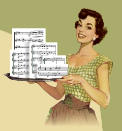jeune ménagère présentant des partitions sur un plat